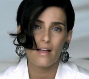Manos Al Aire - Nelly Furtado